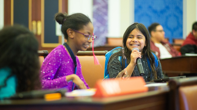 Young children in Senate Chamber